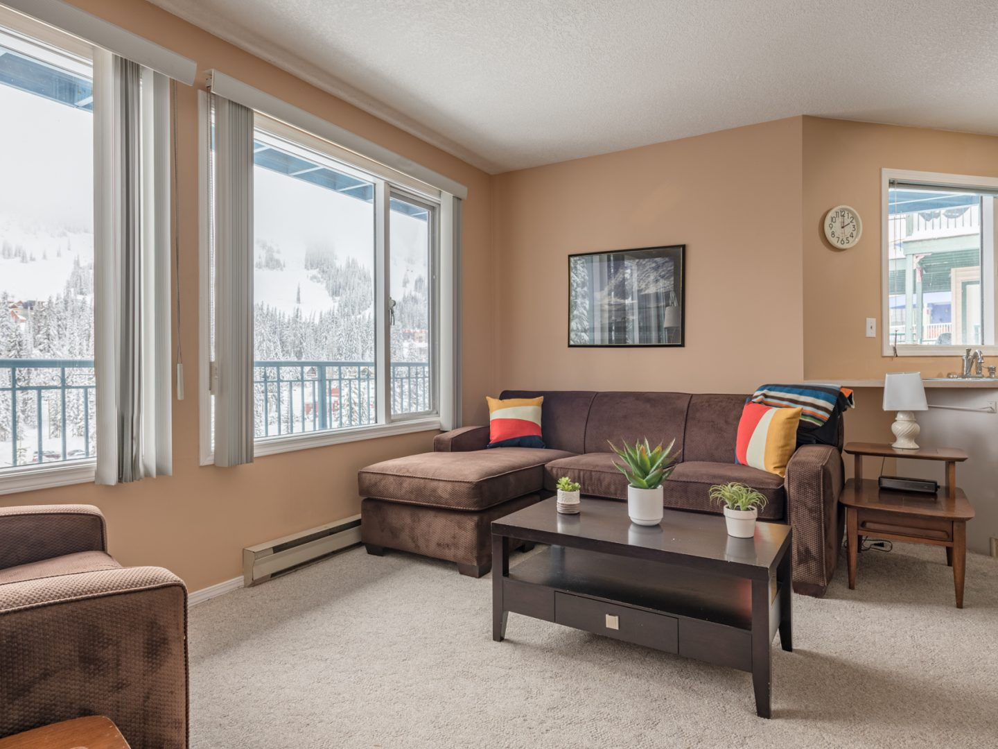 Silver Star Stays - The View Suite