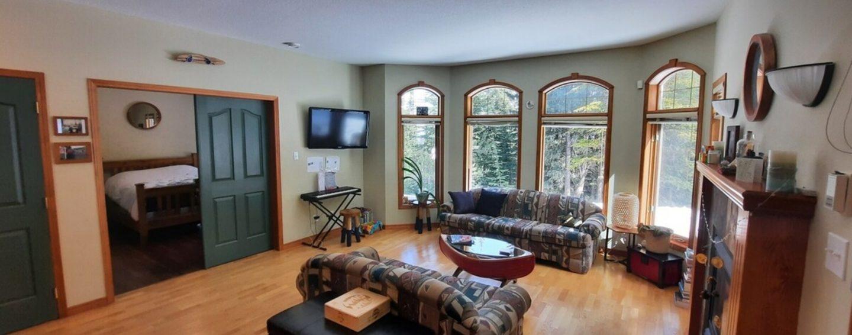 The Warren Suite